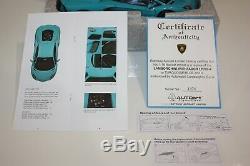 AUTOart 118 scale Lamborghini Aventador LP700-4 (Turquoise/Blue) 74667