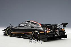 AUTOart 78272 Pagani Zonda Revolucion (Black Carbon Fiber) 118TH Scale