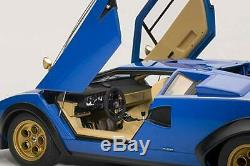 AUTOart Lamborghini Countach Walter Wolf (Blue) 1/18 scale Die Cast Car 74652