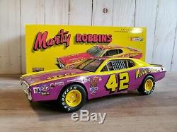 Action 1974 Dodge Charger Marty Robbins #42 NASCAR 124 Scale Diecast Stock Car