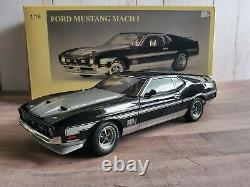 Autoart 1971 Ford Mustang Mach 1 Fastback 118 Scale Diecast Car Black 72823