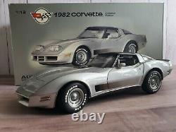 Autoart 1982 Chevy Corvette Collector Edition 118 Scale Diecast Model Car 71201