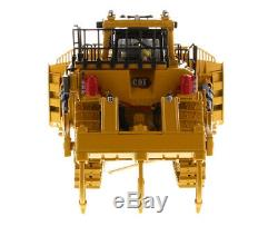 Cat D11 Fusion Dozer High Line Diecast Masters 150 Scale Model #85604 New