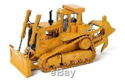 Caterpillar Cat D9L Dozer with Push Blade & Ripper CCM 148 Scale Model New