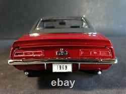 Danbury Mint 1969 Chevy Camaro SS Coupe Limited Edition 124 Scale Diecast Car