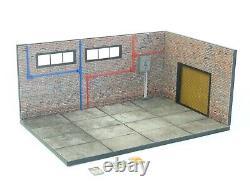 Diorama Model Kit in Scale 118 Display for die cast car models Brick Garage NEW