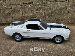 Franklin Mint Signed 1965 Carroll Shelby GT 350 Mustang 124 Scale Diecast Car