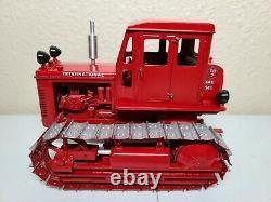 International IH TD-9 Crawler Tractor with Cab Gilson Riecke 116 Scale Model