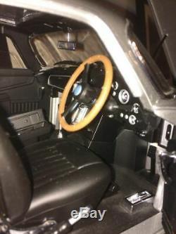 James Bond 007 Aston Martin DB5 by Eaglemoss complete 18 scale HUGE MODEL