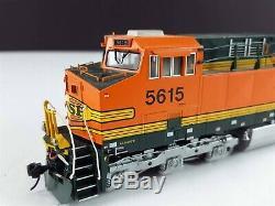 KATO 37-6442 BNSF GE AC4400CW Diesel Locomotive 5615 HO Scale DCC Ready