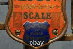 LION QUICK ACTION Balance SCALE 4 LB. Herbert & Sons Ltd. LONDON Cast Iron