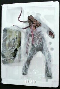 Left 4 Dead 2 Gaming Heads Smoker 15 Scale Statue Figure Limited Edition MIB
