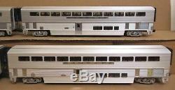 Lionel 6-39129 SF/Santa Fe Bi-Level 4-Car Aluminum Passenger Set O Scale USED