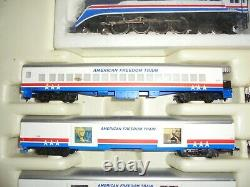 Lionel Ho Scale Freedom Passenger Train Set From 1976 Vintage