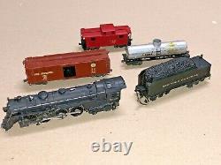 Lionel Train OO 00 Gauge 2 Rail Semi-Scale Set 004 Loco 001E Tender Boxcar OB