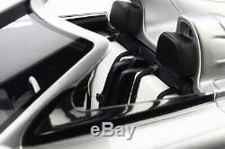 MERCEDES-BENZ CLK GTR ROADSTER RESIN Model CAR 118 SCALE BY GT SPIRIT GT155