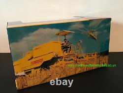 Replicagri 132 Scale New Holland Clayson 8060 Combine Harvester