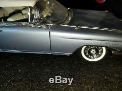 The DANBURY MINT 1960 CADILLAC ELDORADO BIARRITZ SEVILLE LTD EDITION 124 SCALE